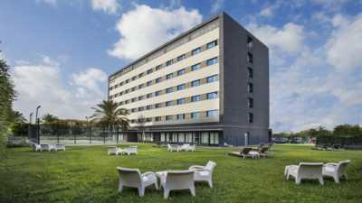 AZZAHAR HOTELES